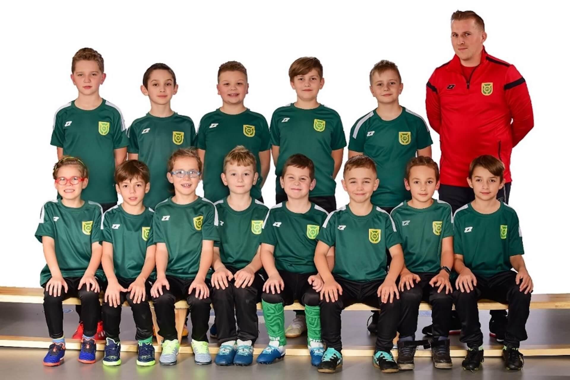 Chłopięca drużyna piłkarska MKS Marcovia Marki