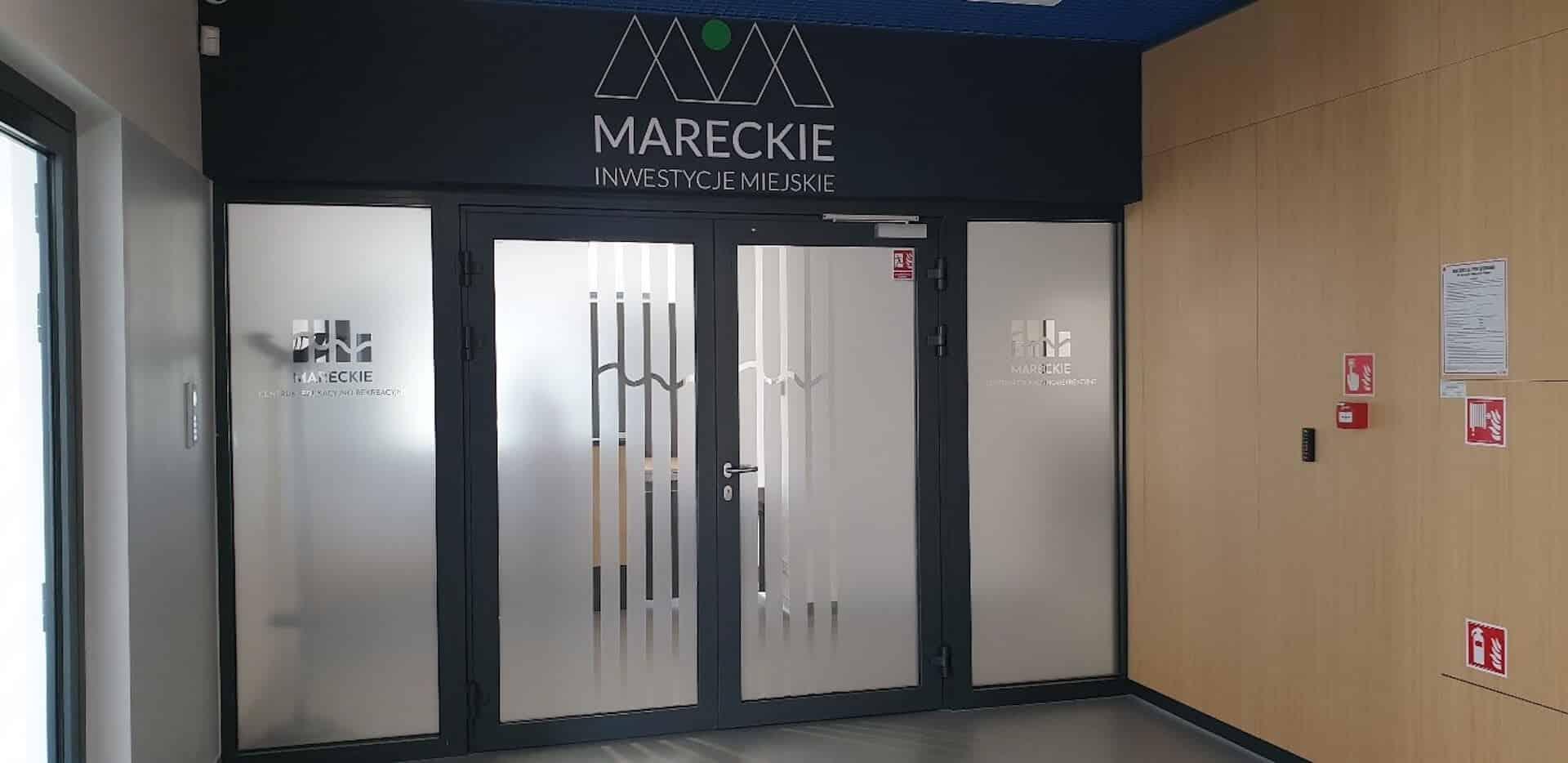 Widok na wejście do biura MIM