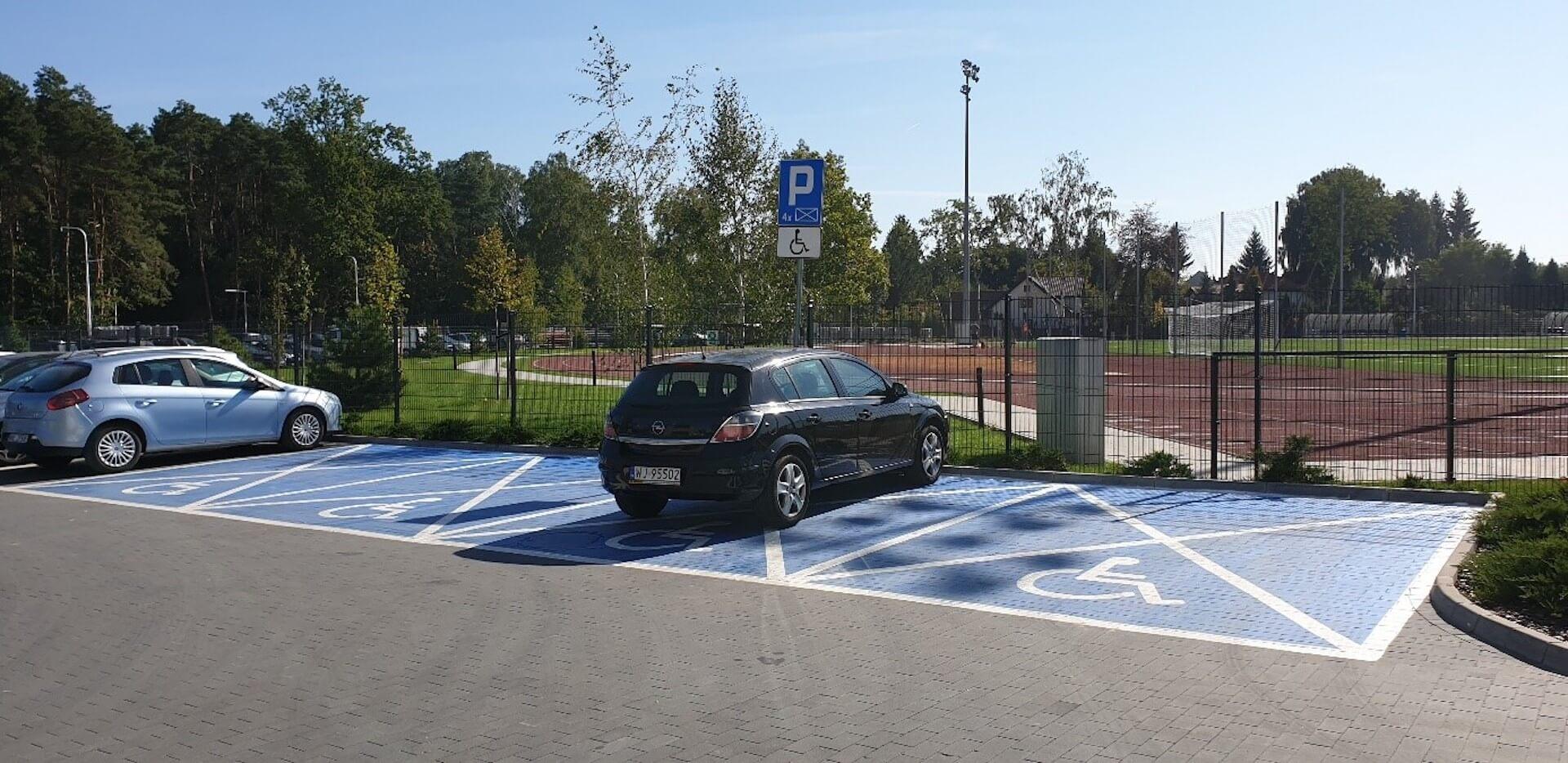 Miejsca parkingowe dla OzN